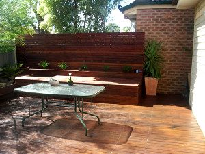 timber decking with outdoor living courtyard in melbourne