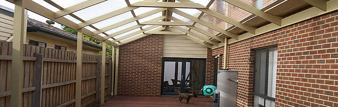 pergola with roof at side of house in melbourne