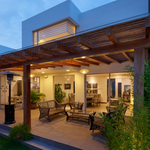 pergola about us page