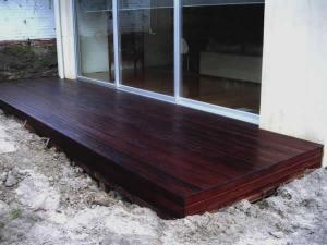 Small timber deck in merbau