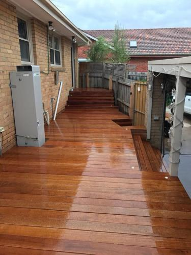 decking in backyard to provide courtyard